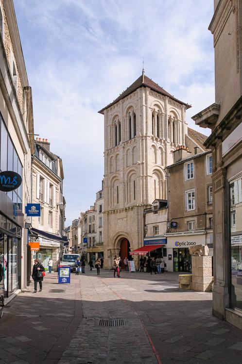 Eglise saint porchaire photo vienne poitiers et for Vienne poitiers